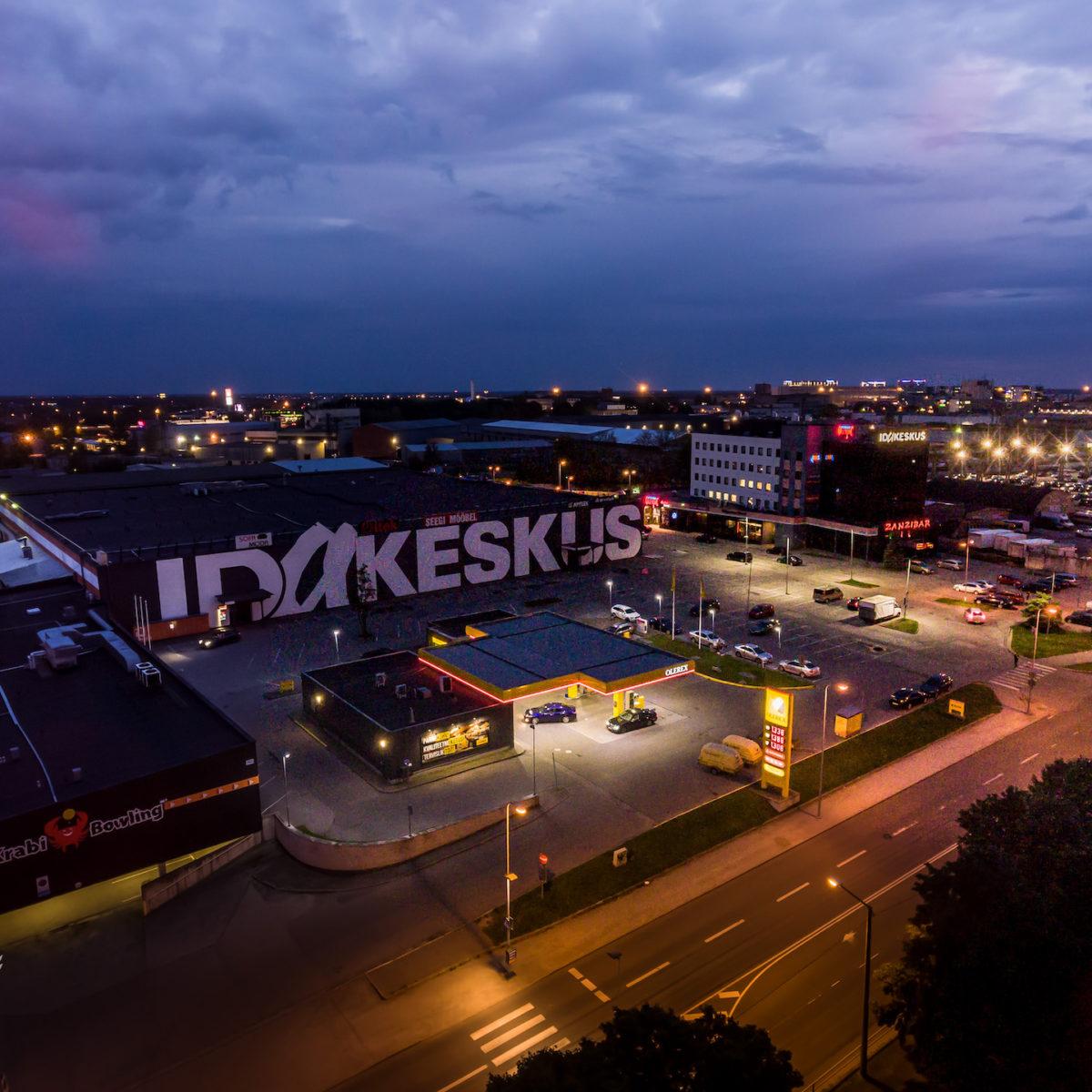 Idakeskus indoor pool in Tallinn